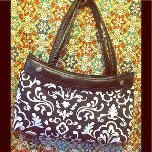 Thirty One's White on Black Washable Shoulder Bag